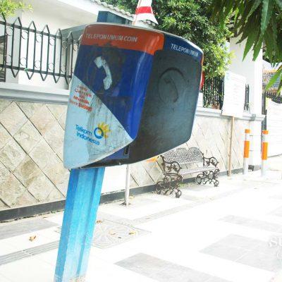 Telepon Umum di Surabaya yang Sudah Tidak Umum
