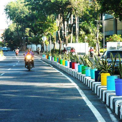 Warna-warni Tempat Lidah Mertua di Tengah Kota Surabaya
