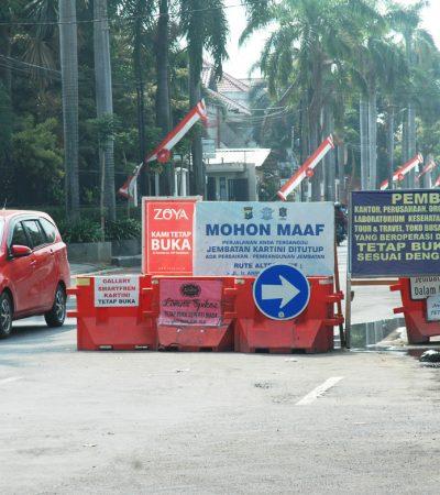 Jembatan Kartini Surabaya Belum Juga Selesai