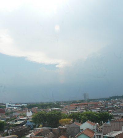 Hari ini Surabaya Mendung, Lusa Kembali Ekstra Panas dan Gerah