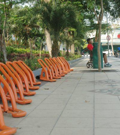 Tempat Parkir Khusus Sepeda di Surabaya Belum Berguna