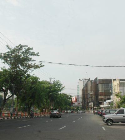 Jalur Lebar Jalan Simpang Dukuh Surabaya