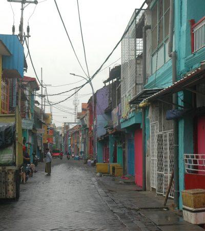 Menata Romantika Jalan Panggung Heritage Walk Surabaya