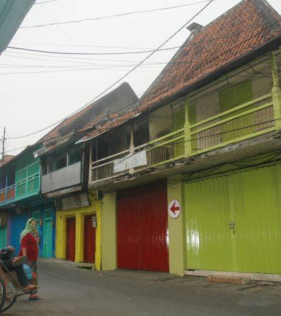 Warna-warni Jalan Panggung