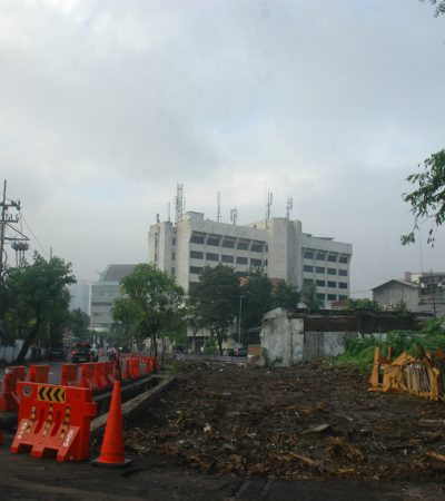 Jalan Simpang Dukuh Surabaya Siap Dilebarkan Total