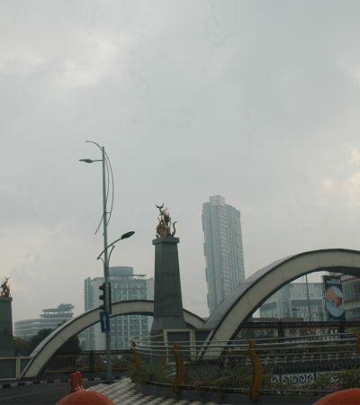 Saatnya Menikmati Kota Surabaya