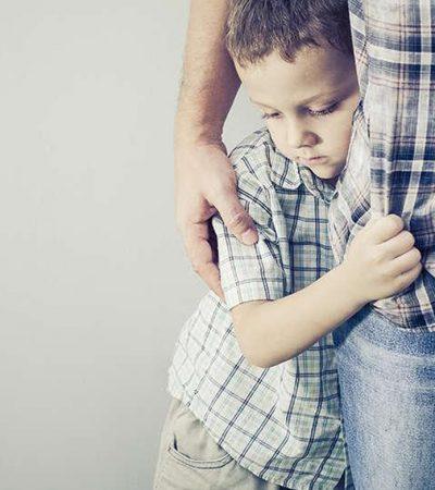 Membesarkan Hati Anak Pemalu di Sekolah
