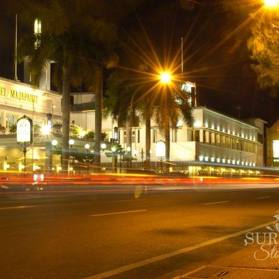 Tak Ada Jam Malam di Surabaya