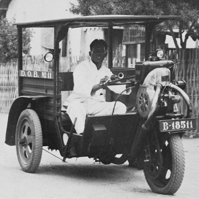 Jejak Sejarah Kendaraan Hybrid di Surabaya